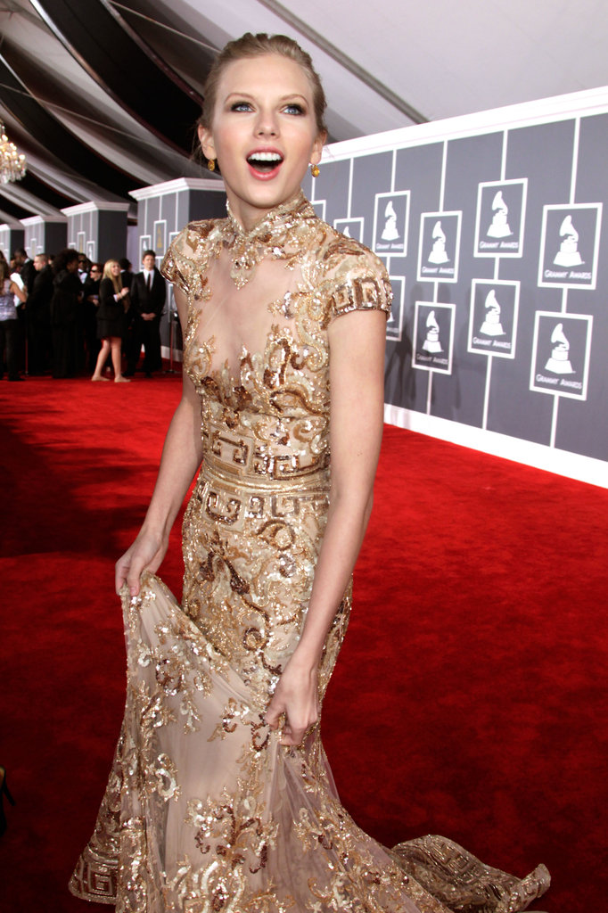 Taylor-Swift-expressed-her-happiness-red-carpet-Grammys