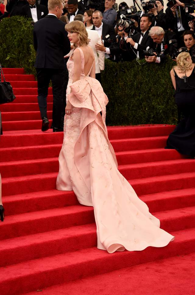 Taylor-Swift-pale-pink-dress-Met-Gala-2014-2
