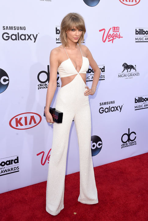 taylor-swift-white-jumpsuit-billboardmusic-awards-2015-h724