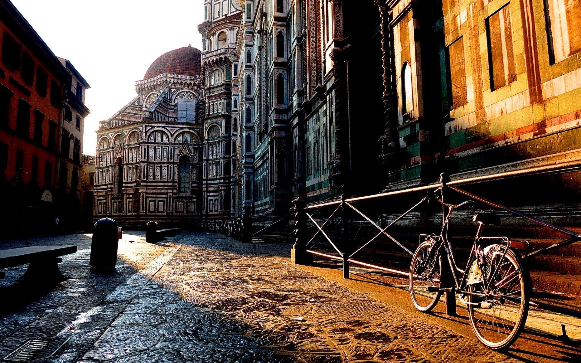 Firenze, tra magiche viette e taverne