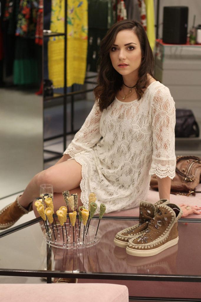 mou boots fashion blogger