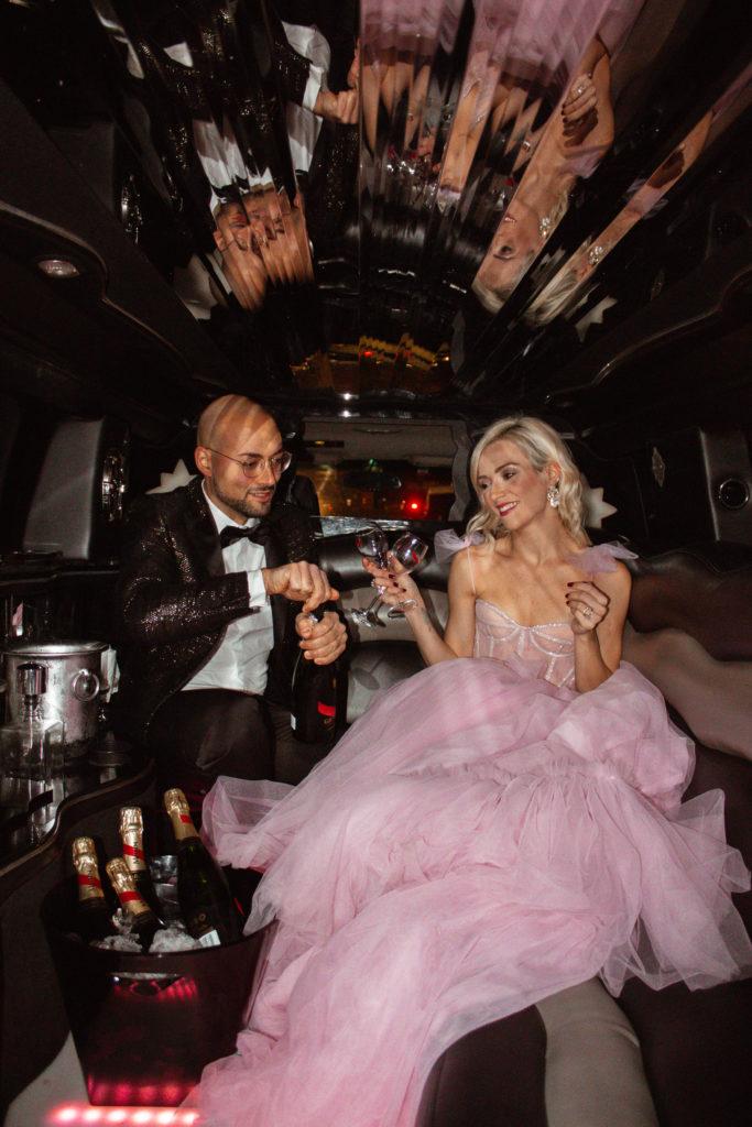 Martina Corradetti Party itinerante in Hummer Limousine Roma